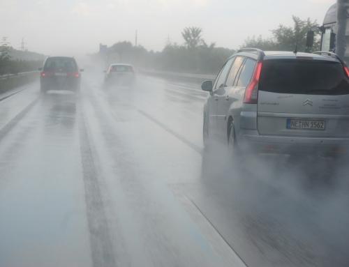 ¡Ante los fenómenos meteorológicos adversos, aumenta la prudencia al volante!