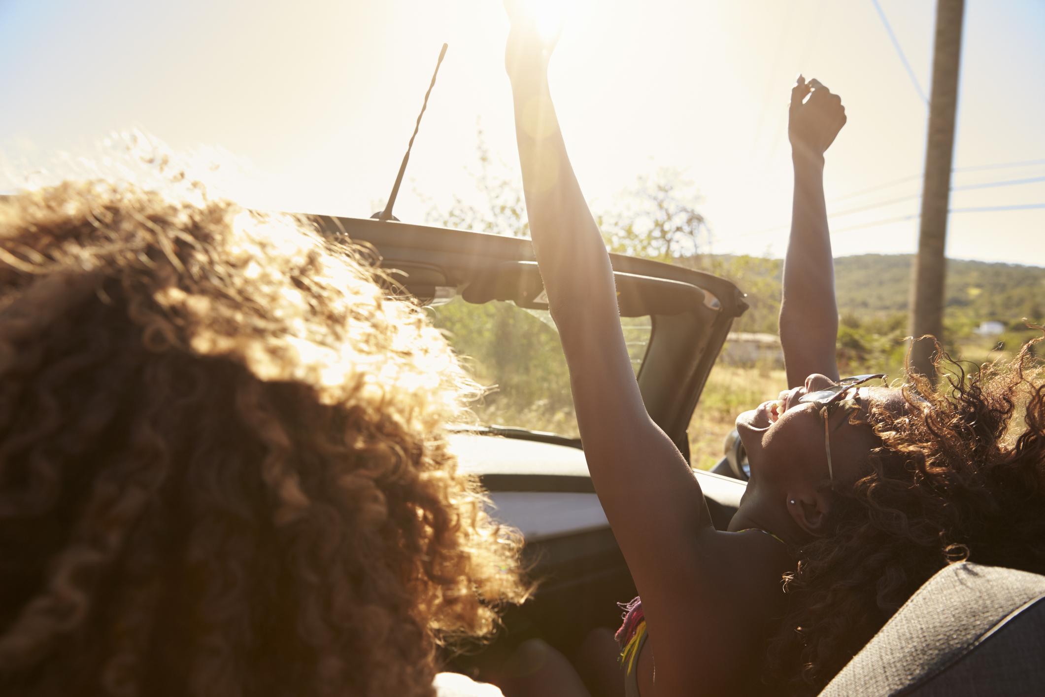 Conducción segura en verano- Consejos Grupo CMR.